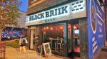 [トロント] スポーツバー BLACK BRIIK Restobarで一杯飲みながらラプターズの試合を観戦する